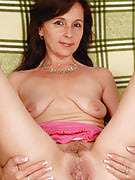 Petite 46 year old Jenny H after 30 plus Ladies relaxing naked as part of right here
