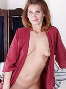 Petite mature housewife Sly Rodgers spreads her petite fast crotch