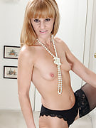 Skinny MILF Penelope slides away the lady elegant pink dress just for your