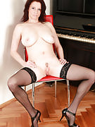Stylish and pale housewife Carol after 30 plus Ladies spreads her very long legs