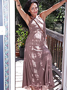 Exotic MILF Liza Rene after 30 plus Ladies posing and additionally stretching external